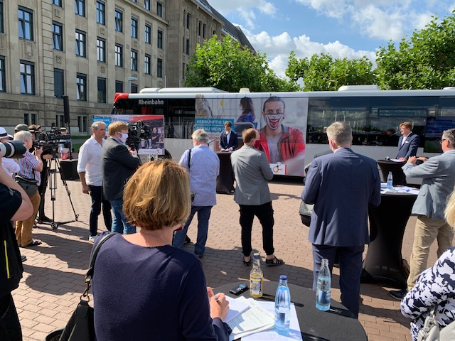 Auftakt-Pressekonferenz zu #BesserWeiter in Düsseldorf