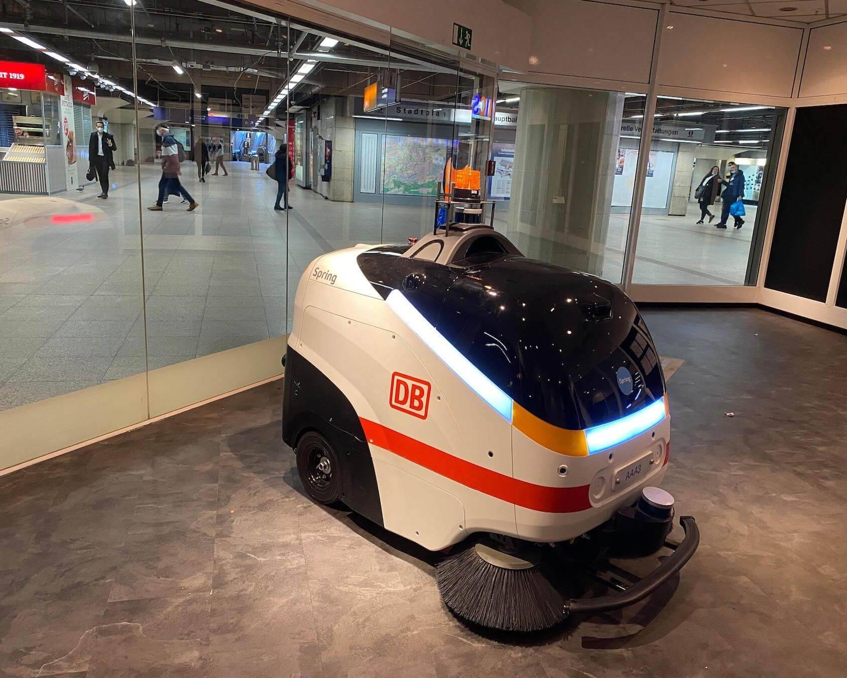Reinigungsroboter der Deutschen Bahn (DB)