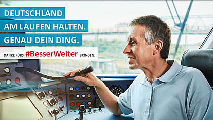 Zugführer macht Durchsage.