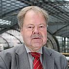Portrait von Karl-Peter Naumann.