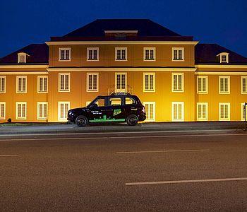 Der Revierflitzer® der STOAG in Oberhausen bei Nacht